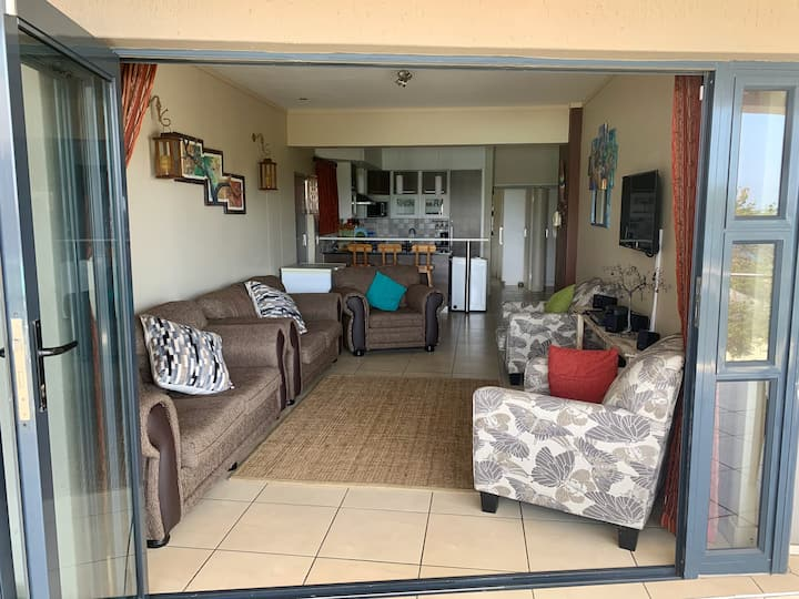Self Catering Family Flat  |  Whale Rock 15