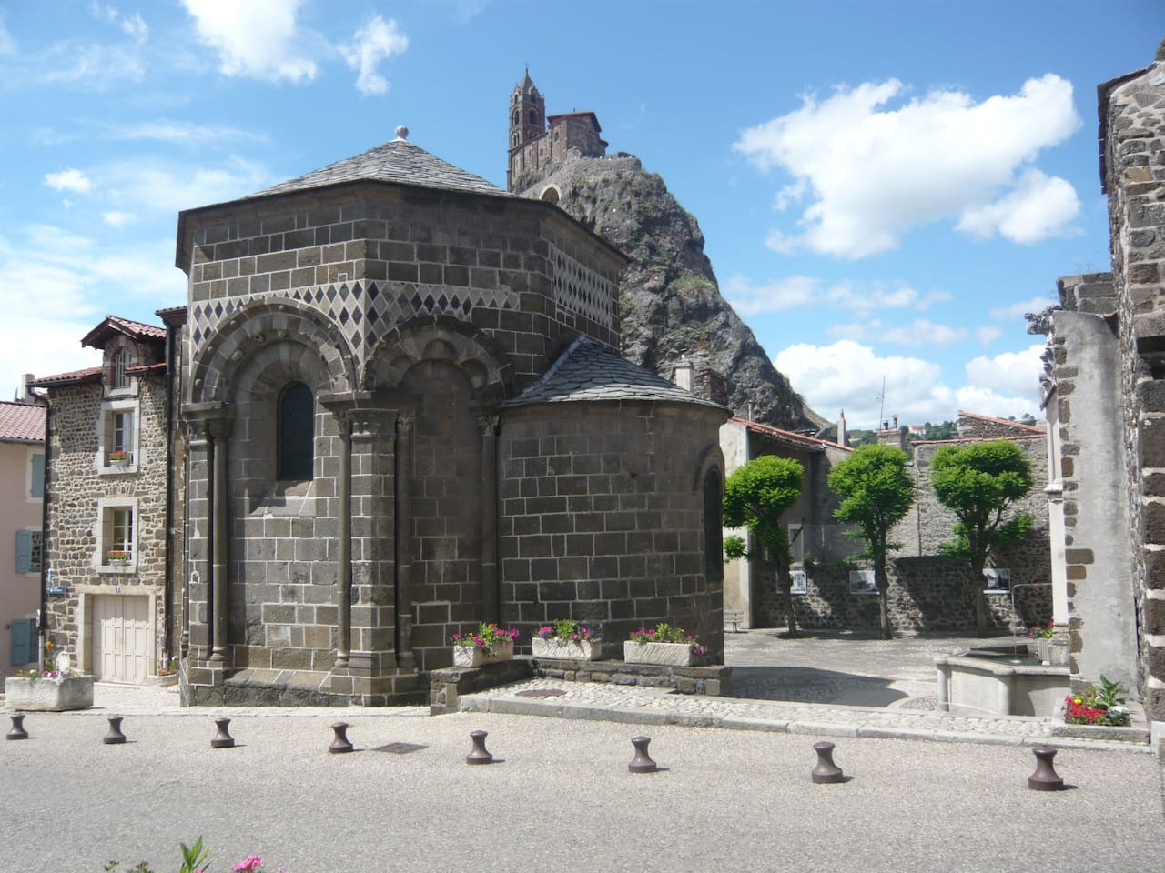 Chapelle St Clair dans le bourg d'Aiguilhe