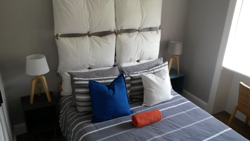 Cozy room for 2 in the city centre! - Эдинбург - Квартира