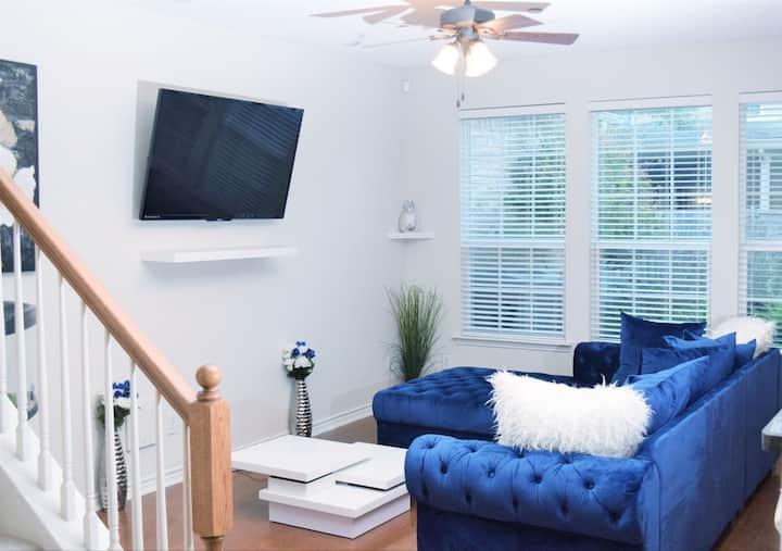 5★ Grandscape Home in ❤️ of DALLAS  w/Pool+More!