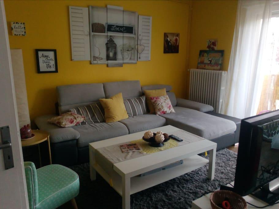 chambre louer femme uniquement 4km de metz appartements louer plappeville grand est. Black Bedroom Furniture Sets. Home Design Ideas
