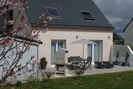 Maison à la campagne près de la mer - Guiler-sur-Goyen