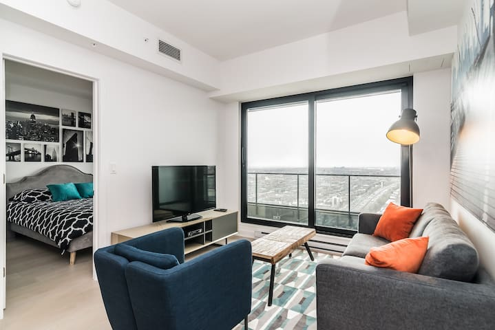 Dtwn Lovely condo - Monthly Rental