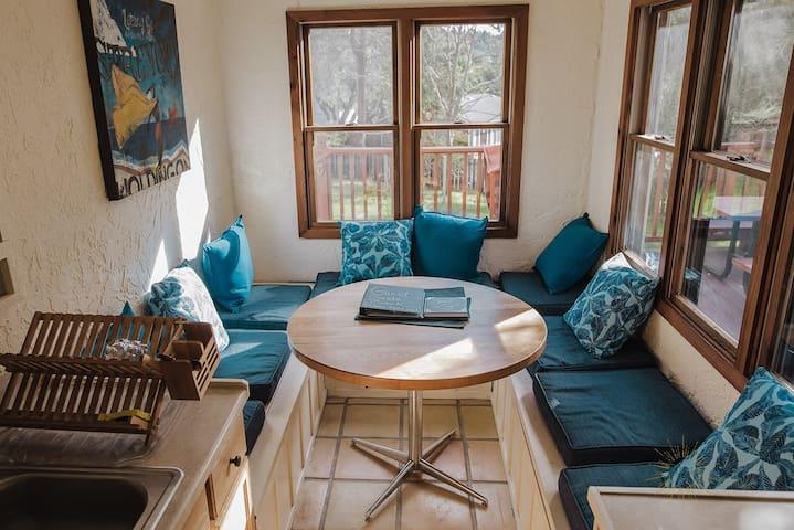 Sandhill Sanctuary~Your Private Suite