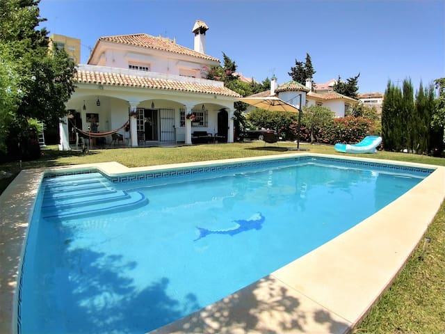 Beautiful bedroom private pool villa Marbella town