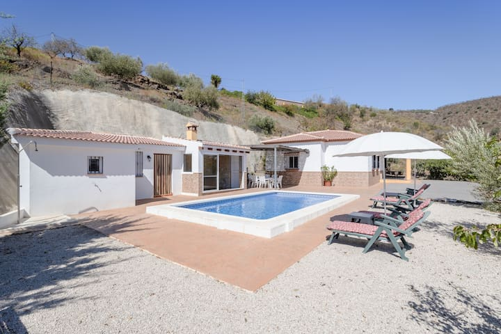 """Air-Conditioned Holiday Home """"Casa el Moral Nerja"""" with Pool, Jacuzzi, Terrace & WiFi; Parking Available"""