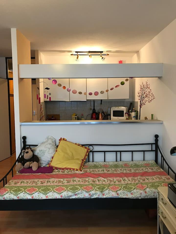 Sweet Home in Best Location+Breakfast  黄金地段文艺公寓备早餐