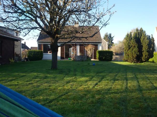 Maison au vert - Marles-en-Brie - Casa