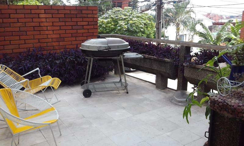 apartamento FRESCO, Y LINDO en TEJARES - Santiago de Cali - Apartment