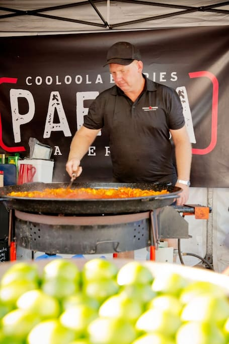 Local & seasonal paella