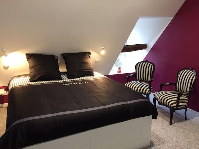 De Luxe 3-Double room-Ensuite with Shower