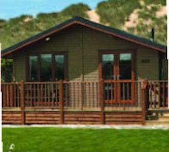 3 Bedroom Deluxe Lodge at Blossom Hill - Honiton
