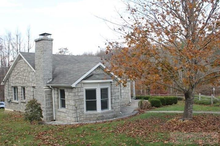 Beautiful Mountain Home - Boone - Rumah