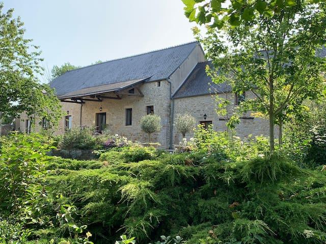 LISMORE-Carentan,Bayeaux,Caen,Normandy,France