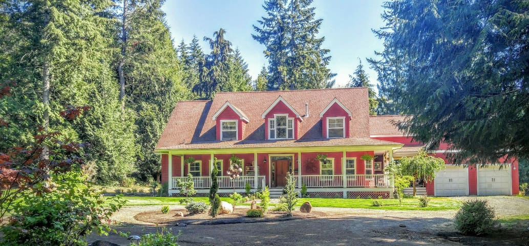 Wooded acres close to Puget Sound - Gig Harbor - Appartement