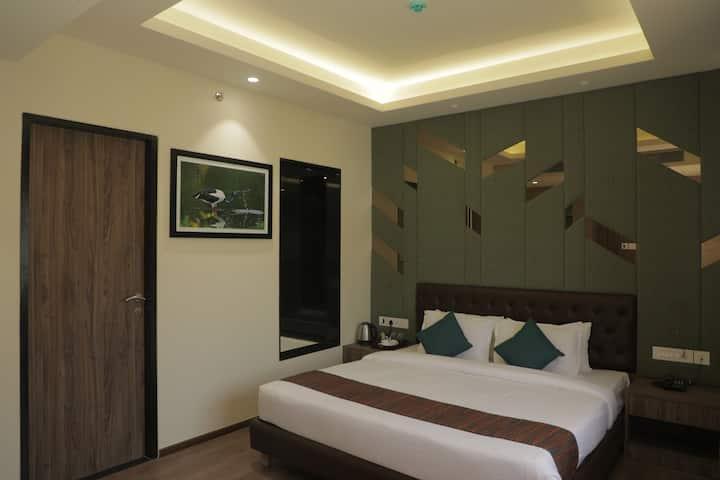 Suite room @TheMonarch,MIDC Rabale,Navi Mumbai.