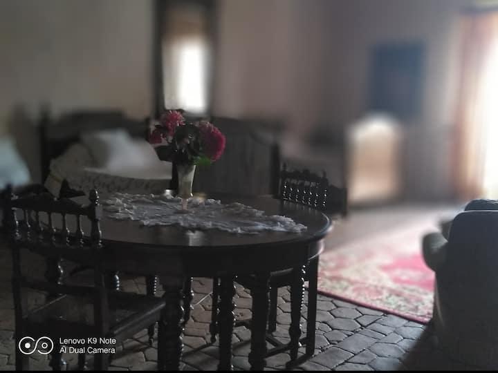 chambre privée spacieuse dans chateau, proche Albi