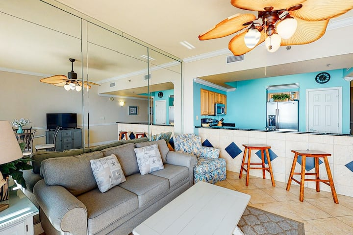 Gulf view condo w/furnished balcony, shared outdoor pool, tennis, gym