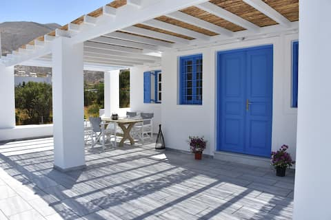 Spacious veranda, house for 3, in the village.