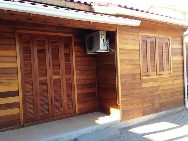 Chalé espaçoso e privativo em São Lourenço
