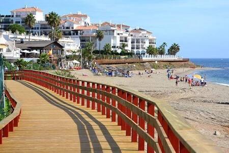 апартаменты на первой линии моря - Sitio de Calahonda