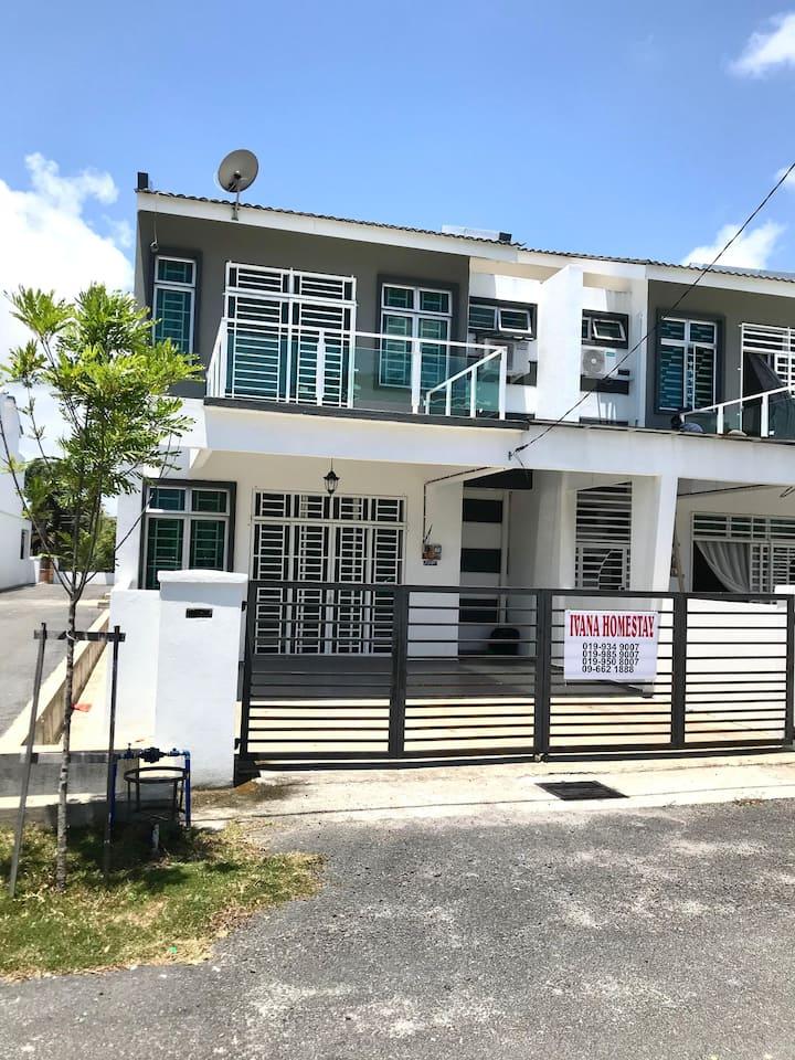 (Near Draw Bridge & KT city) Ivana Homestay Unit E