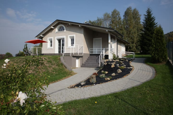 "Guest House ""Mountain View"" - Porąbka - 一軒家"