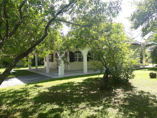 Quarto Para Casal - Hostel Lagoa 567