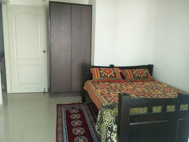 Fully Furnished, Modern Apartment - Bengaluru - Apartment