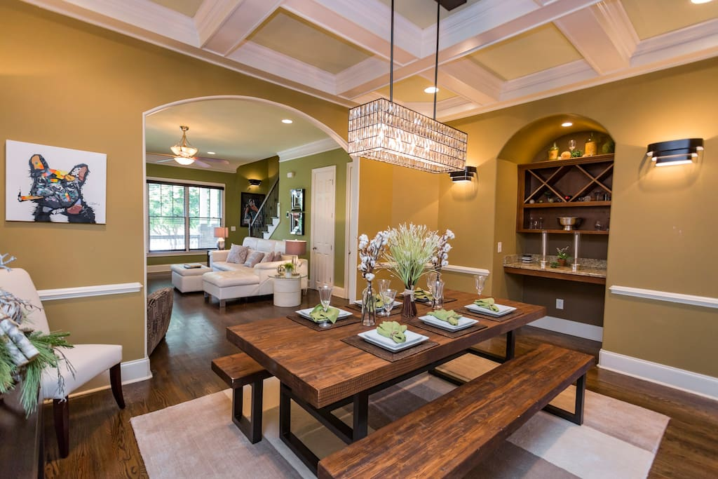 Dining Room + Bar (Tray Ceiling)