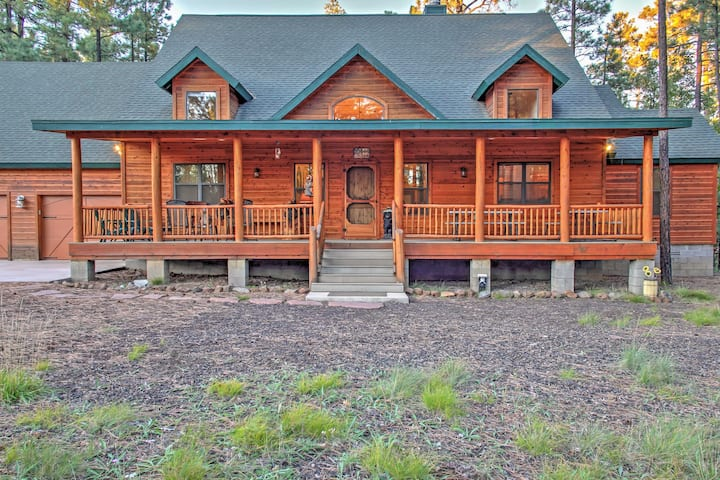 Rustic Lakeside Cabin on 3 Acres w/ Nature Views!