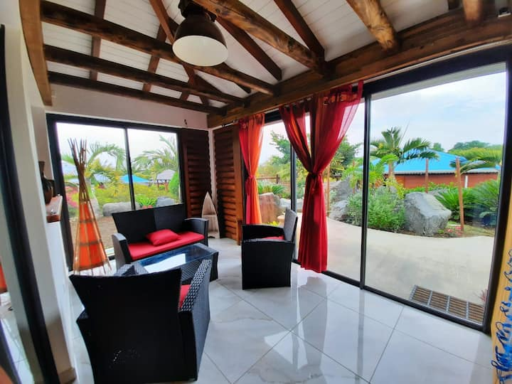 INDONESIA Villa de charme piscine et jardin