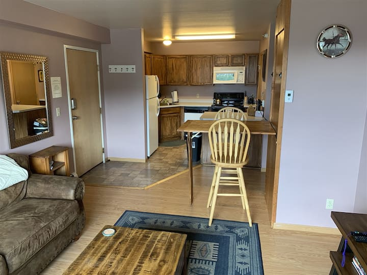 Charming 2 Bed, 2 Bath Condo Located Next to Big Sky Mountain Village