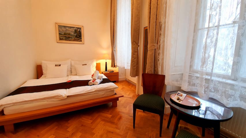 Beautiful, clean,tidy room in the center of Prague