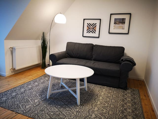 "HK2: Neu, Zentru (Hidden by Airbnb) ah, WLAN, ruhige Lage, 55"" TV"