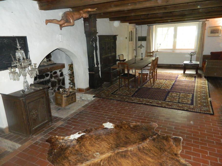 Erdgeschoss Wohnküche mit Kamin