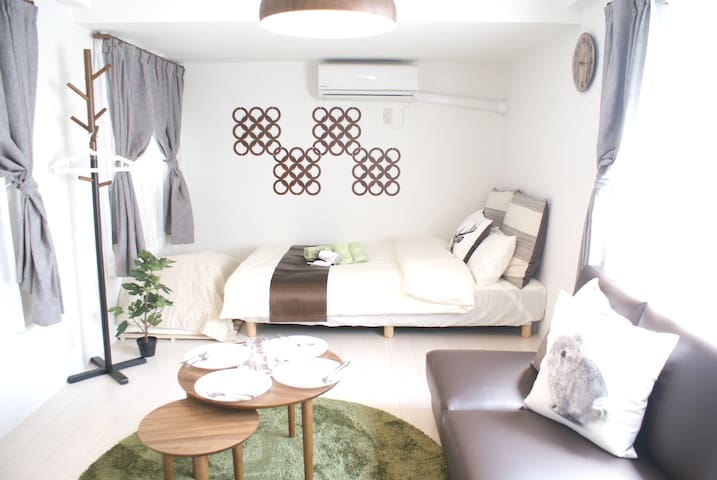 SALE!Cozy Room  at Namba,Shinsaibashi, 4pplTV+WIFI