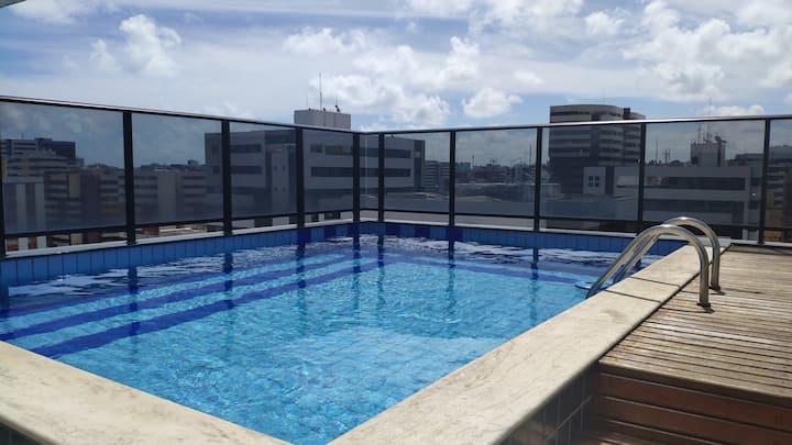 Ótimo apartamento na Jatiúca à 280 metros da praia