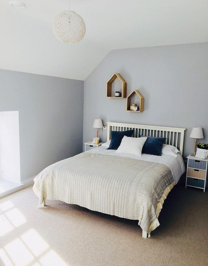 Stylish room in granite farmhouse