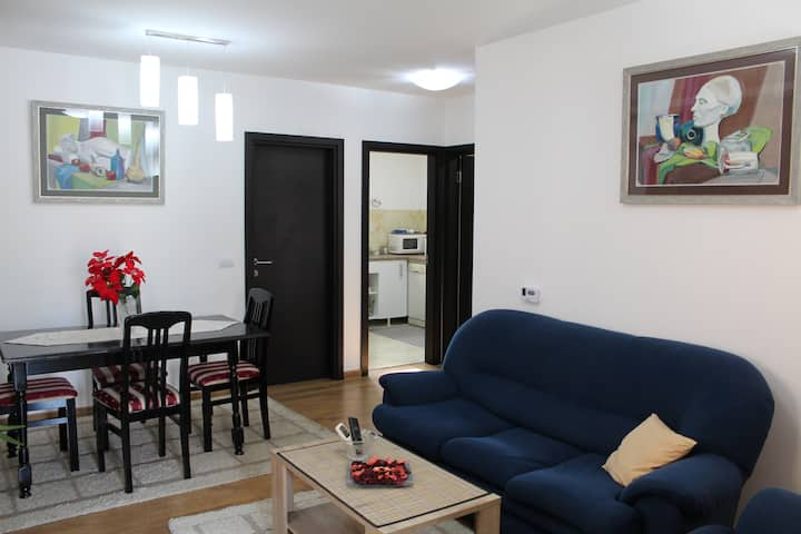 ✈2BR Airport Accommodation W/Free Private Parking✈
