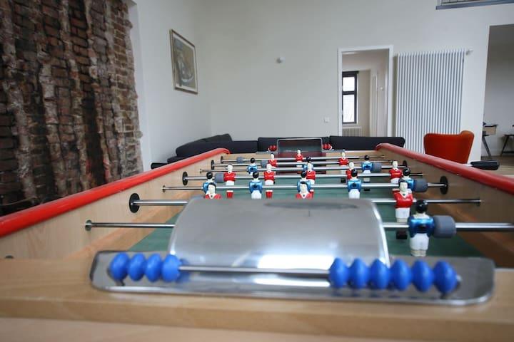 Penthouse - Table footbal