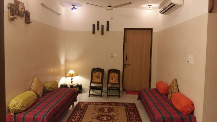 Beautiful Traditional Indian apartment - Delhi - Lakás