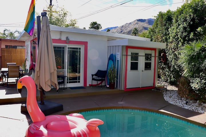 Escape to a quiet OASIS in Palm Springs