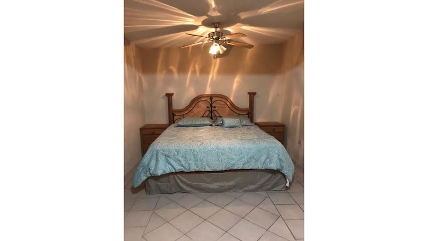 Acuña Casa Blanca habitación privada 1