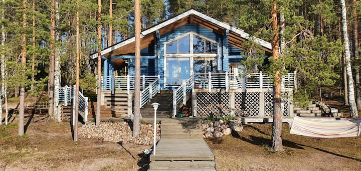 60 sqm Holiday log house by the lake Saimaa.