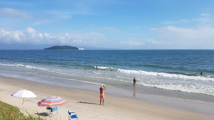 Apto Canasvieiras VISTA para o mar 50 m da praia