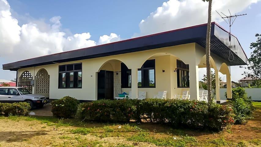 Goed verzorgde vakantiehuis in District Wanica