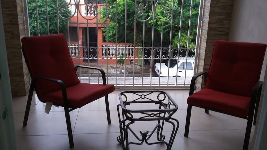 Monterrey vintage home very close to Rayados stad
