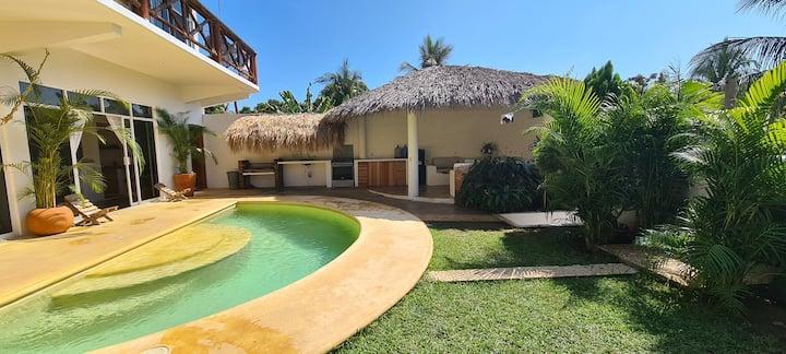 Villa Nayeeche La Punta Zicatela
