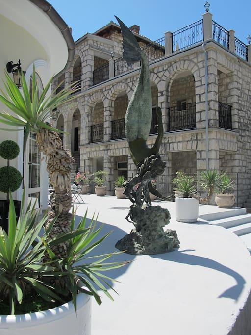 Mermaid & Villa Margita